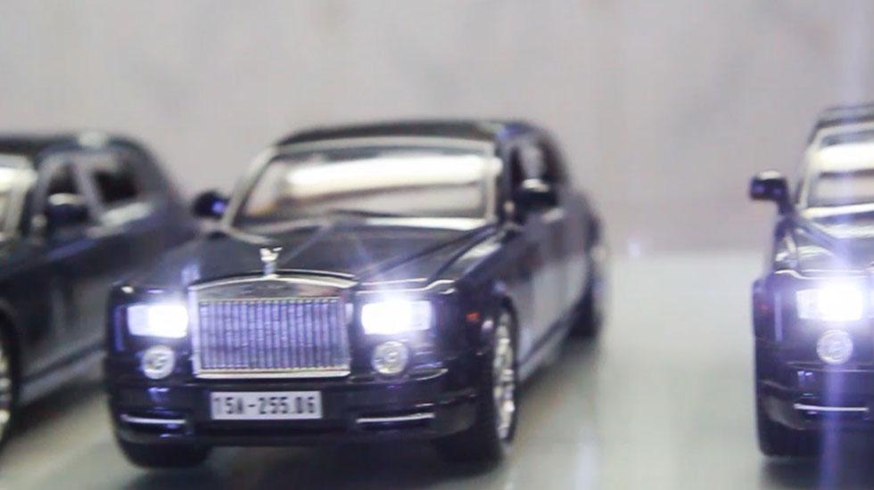 Xe mô hình Rolls-Royce ra biển số trắng
